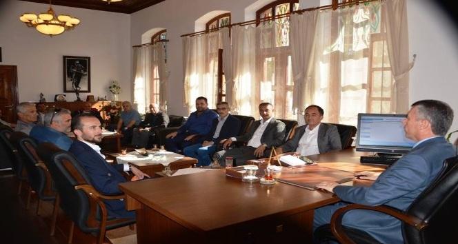 AK Parti yeni yönetiminden Kaymakam Sırmalı'ya ziyaret
