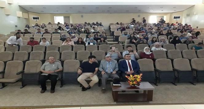 Fen-Edebiyat fakültesinde klasik Türk Şiiri konferansı