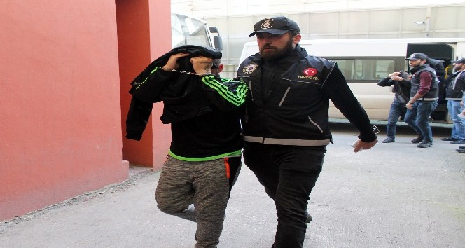 Kocaeli'de uyuşturucu operasyonu: 5 tutuklama