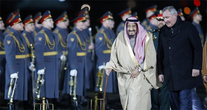 Suudi Arabistan Kralından Moskovaya tarihi ziyaret