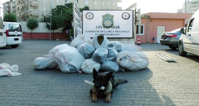 Diyarbakır'da uyuşturucu operasyonu: 3 kişi tutuklandı