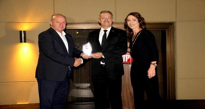 MTOSB'ye 'Eğitime Katkı' Ödülü