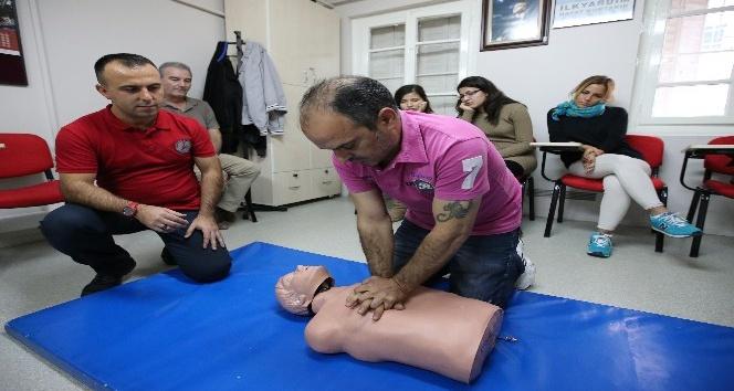 3 bin Karşıyakalıya sağlık eğitimi