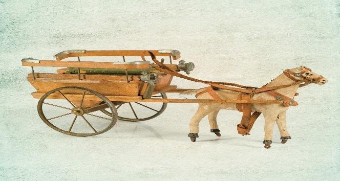 100 yıllık oyuncaklar görücüye çıkıyor