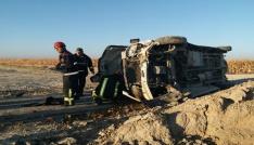 Karamanda işçi minibüsü devrildi: 14 yaralı