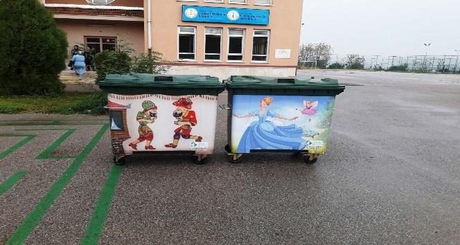 İzmit Belediyesi'nden okullara çevreci konteyner