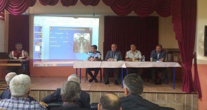 Aslanapa'da öğrenci taşıma güvenliği toplantısı gerçekleşti