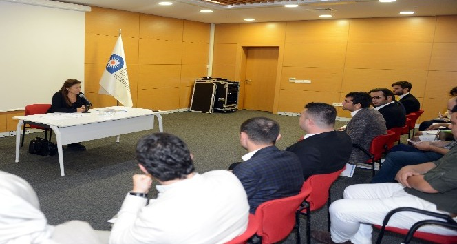 Ebru Türel Gençlik Meclisi'ne konuk oldu