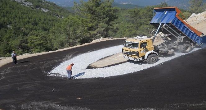 Alanya Yalçı yoluna asfalt