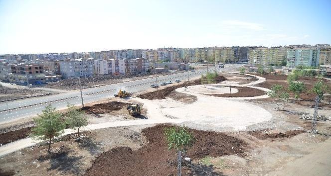 Büyükşehir Belediyesi, Ahmed Arif Parkı yapıyor