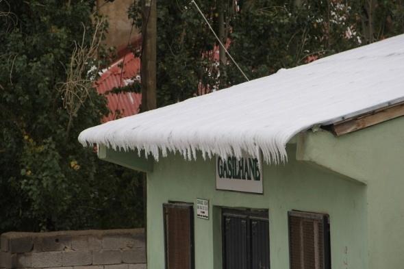 Başkale'de kış erken başladı