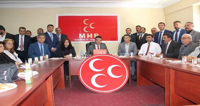 MHP Kocasinan Teşkilatından iki üye ihraç edildi