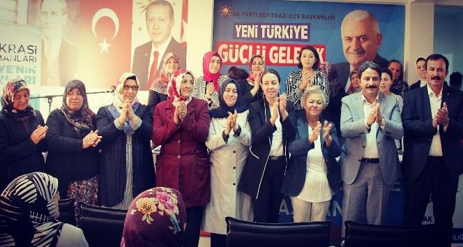 Ak Parti Seyitgazi Kadın Kolları Kongresi