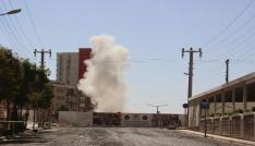 Mardinde kayaları parçalamak için patlatılan dinamit korkuttu