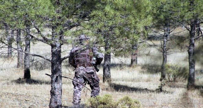 Muğla'da 2 teröristi arama çalışmaları sürüyor