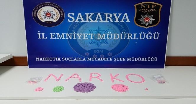 Sakarya'da 463 adet ecstasy hap ele geçirildi