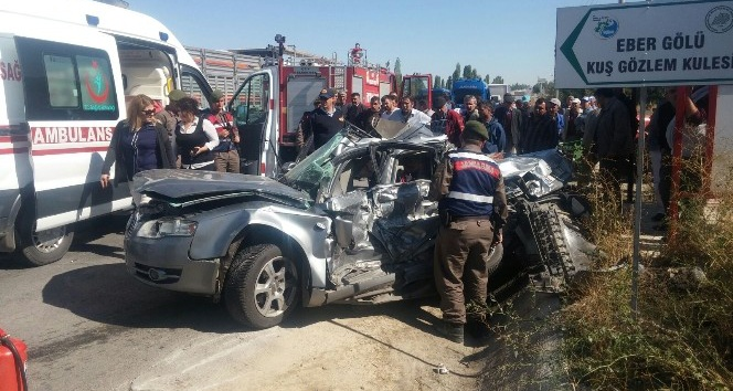 Afyonkarahisar'da trafik kazası: 4 ölü