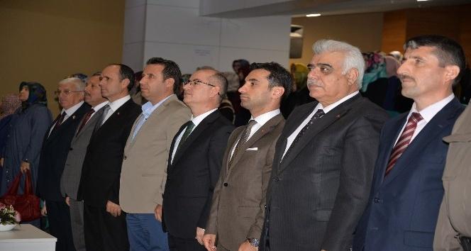 """Müftü Necati Akkuş """"Din görevlilerimiz kanaat önderi olmalı"""""""