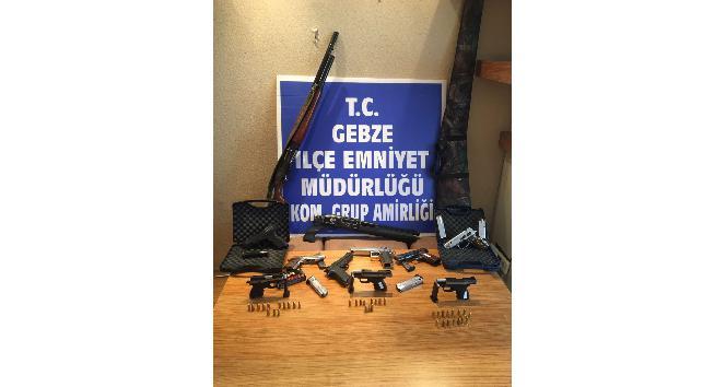 Organize suç örgütüne polis darbesi