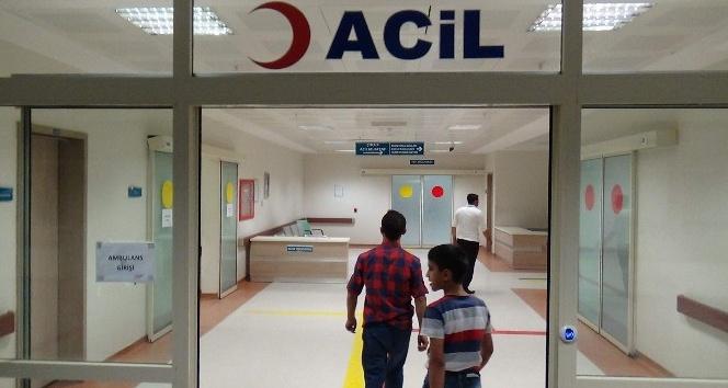 Eruh'ta 25 öğrenci zehirlenme şüphesiyle hastaneye kaldırıldı