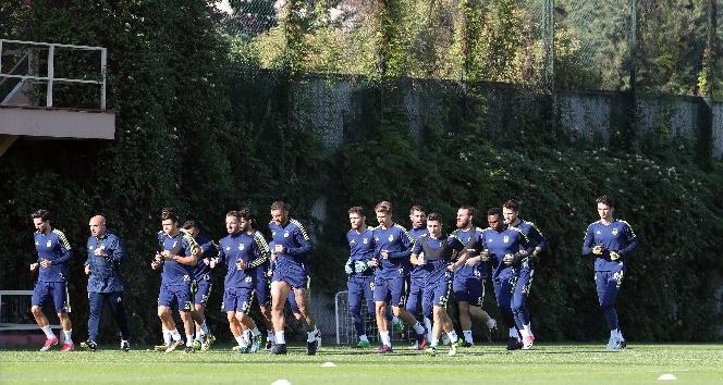 Fenerbahçe'de Malatyaspor maçı hazırlıkları sürüyor