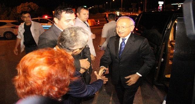 Kılıçdaroğlu oğlunun yemin töreni için Sivas'a geldi