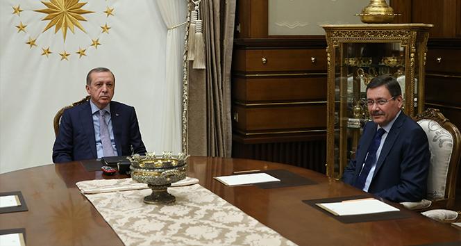Cumhurbaşkanı Erdoğan Beştepede Melih Gökçek ile görüştü