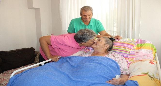 (Özel haber) Bir evde üç engelli, kocaman anne yüreği