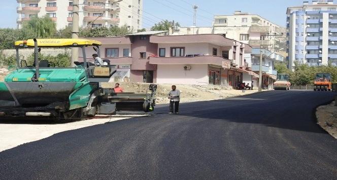 Vakıfkent Mahallesinde, yol genişletme ve asfaltlama çalışması sürüyor