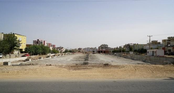 Yeni Mahalle Semt Pazarı inşaatı hızla devam ediyor