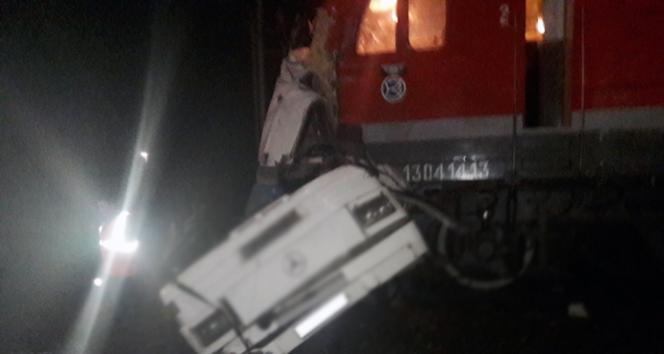 Rusyada tren kazası: 19 ölü