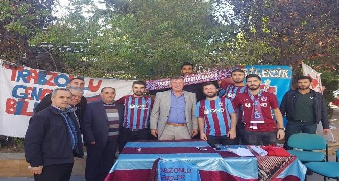 Başkan Duymuş, Trabzonspor taraftarlarıyla bir araya geldi
