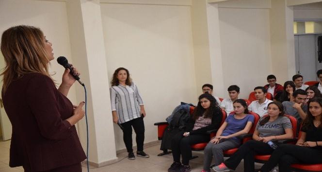 Milas'ta gençlere Tıp Fakültesi anlatıldı