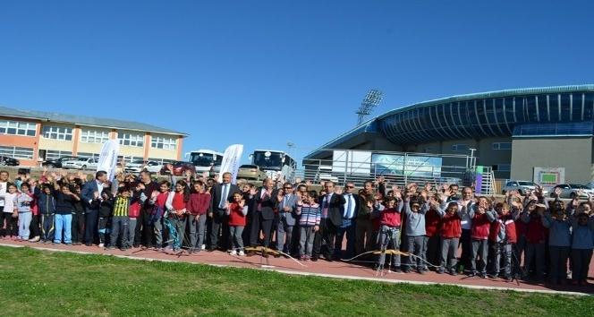 'Mobil Gençlik Merkezim' Erzurum'da