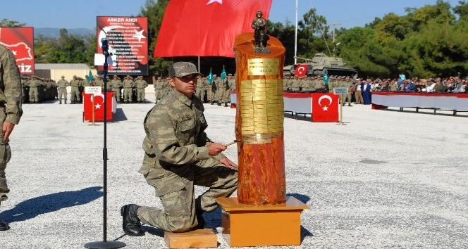 Burdur'da bin 280 piyade er yemin etti