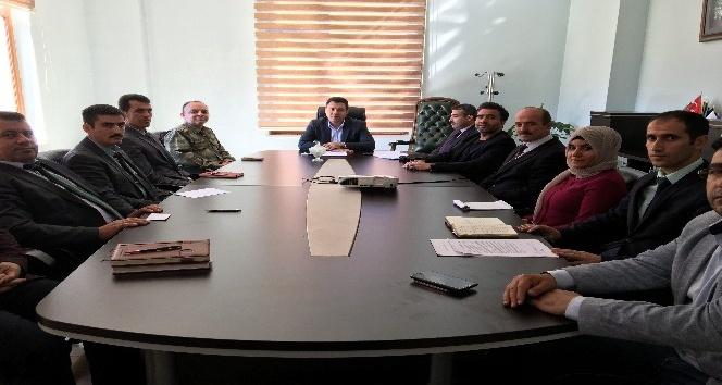 Bahçesaray'da idare şube başkanları toplantısı yapıldı