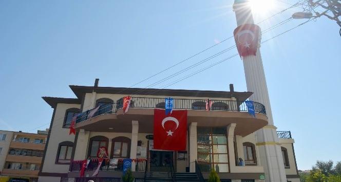 Akşemsettin Camisi törenle ibadete açıldı