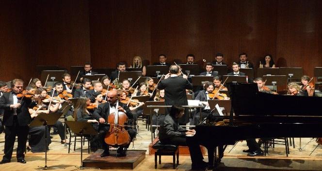 Müzikseverler, Anadolu Senfoni Orkestrası Açılış Konseri'nde buluştu
