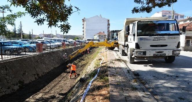 Çolak İbrahim Bey Caddesi'ndeki kanal temizliği tamamlandı
