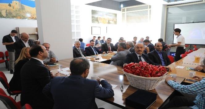 Çiftçi, Gaziantep'te Şanlıurfalılarla bir araya geldi