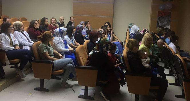 Emzirme Haftası'nda bebekli annelere seminer