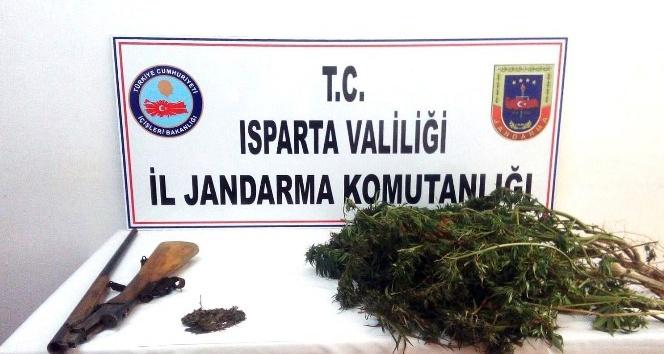 Isparta'da uyuşturucu operasyonunda 2 gözaltı