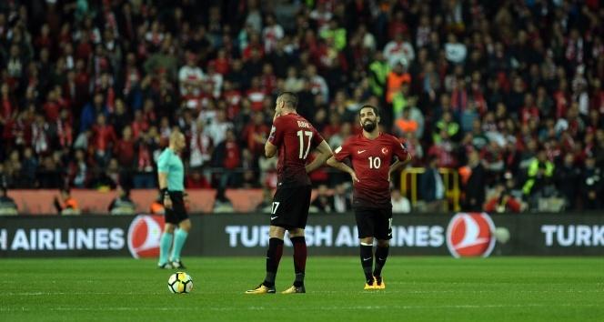 ÖZET İZLE Türkiye 0- 3 İzlanda |Türkiye İzlanda maçı geniş özeti ve golleri izle (Türkiye İzlanda maçı kaç kaç bitti)