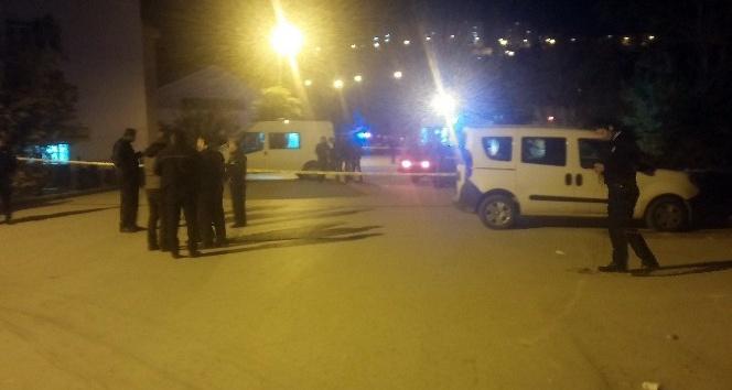 Başkent'te sokak ortasında kanlı infaz: 2 ölü