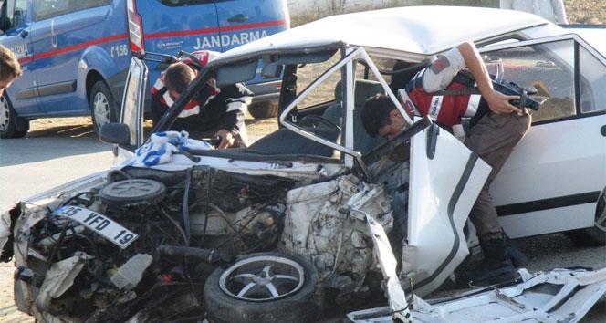 Otomobil belediye otobüsü ile çarpıştı: 1 yaralı