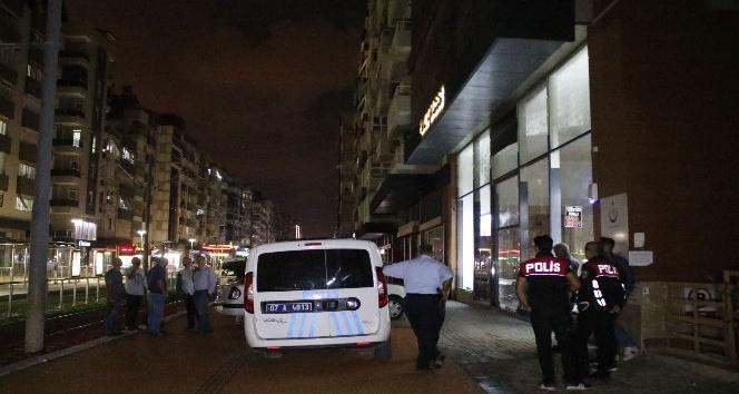 Antalya'da asılsız rehin alma ihbarı korkuttu