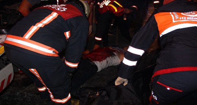Küçükçekmece'de feci kaza: 1 ölü, 3 yaralı