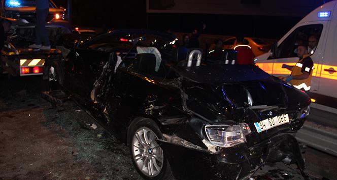 Küçükçekmecede feci kaza: 1 ölü, 3 yaralı