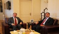İl Başkanı Aydın, Rektör Karabulutu ziyaret etti