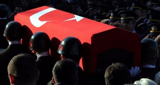 Diyarbakırda hain saldırı: 2 şehidimiz var